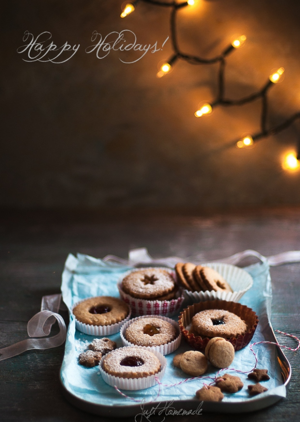 linzer cookies in tray lights_msg